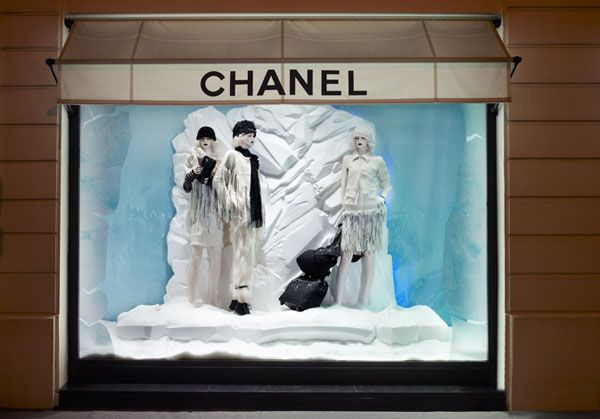 Chanel-Window